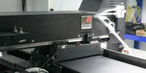 视觉点胶机维护保养和使用应注意事项